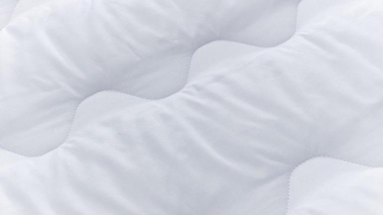 silentnight mattress topper material